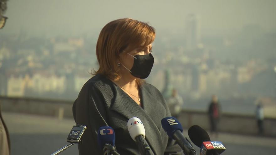 Video Brífink ministryně financí Aleny Schillerové po jednání s prezidentem