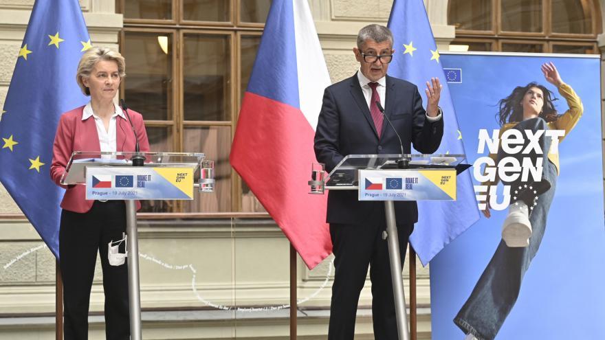 Video Brífink premiéra Andreje Babiše a předsedkyně Evropské komise Ursuly von der Leyenové
