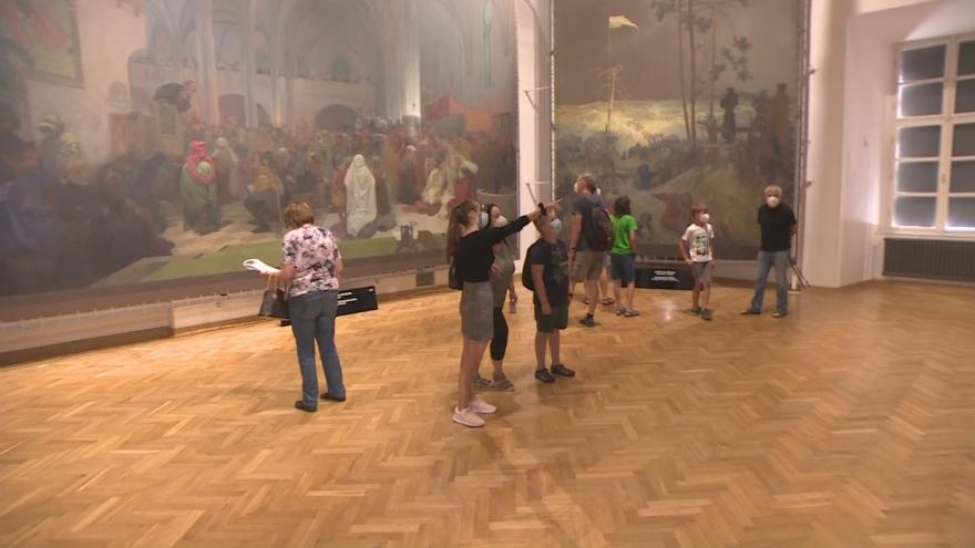 Video Studio ČT24: Slovanská epopej v Moravském Krumlově