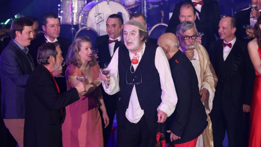 Video Manéž Bolka Polívky - Klaun slaví 70