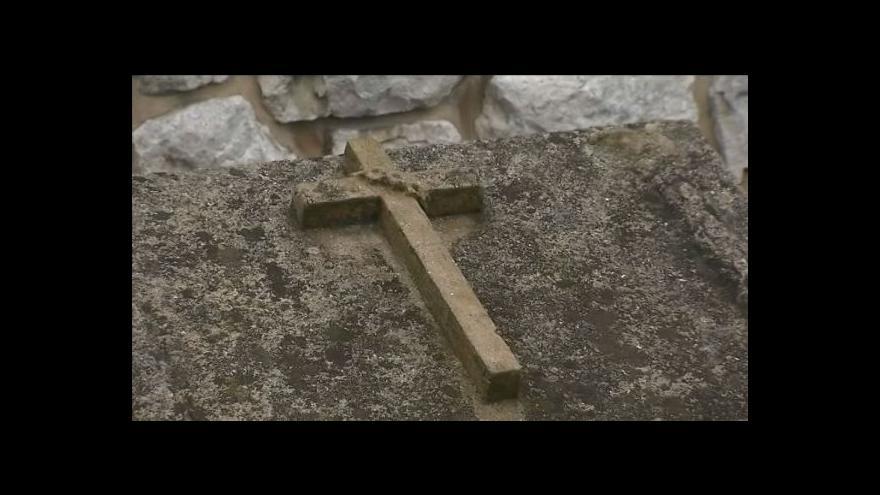 Video Transport z Osvětimi zastavil v Suchdole. Zemřelo tam 47 vězňů