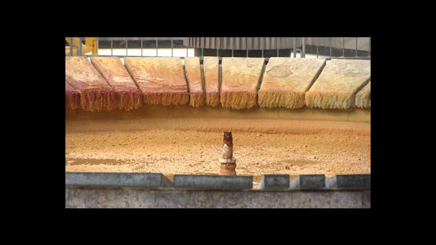 Video Karlovarské Vřídlo přestalo tryskat