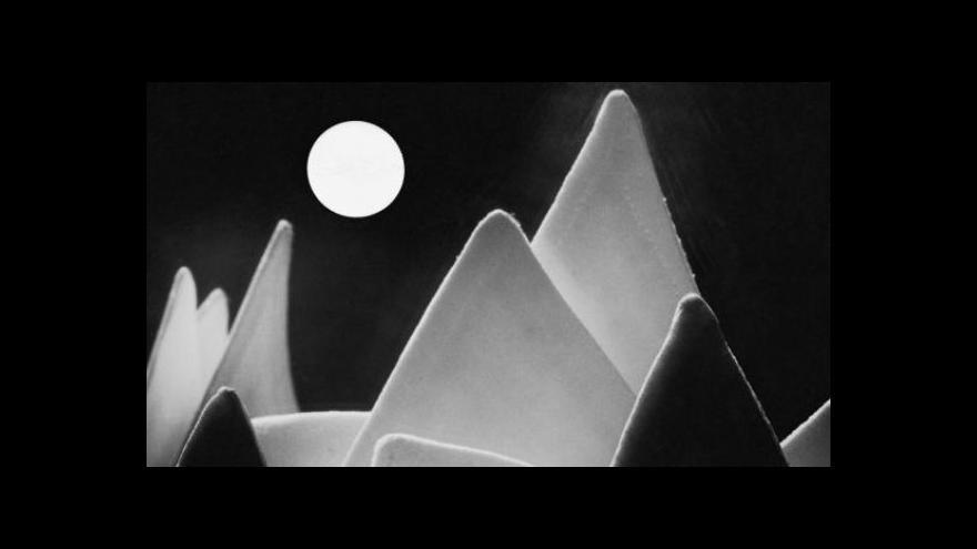 Video Dům umění v Opavě vystavuje mistry avantgardní fotografie