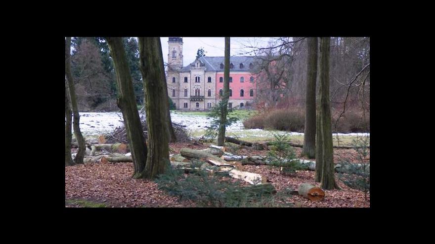 Video Zámecký park v Sychrově přijde o 1 036 stromů