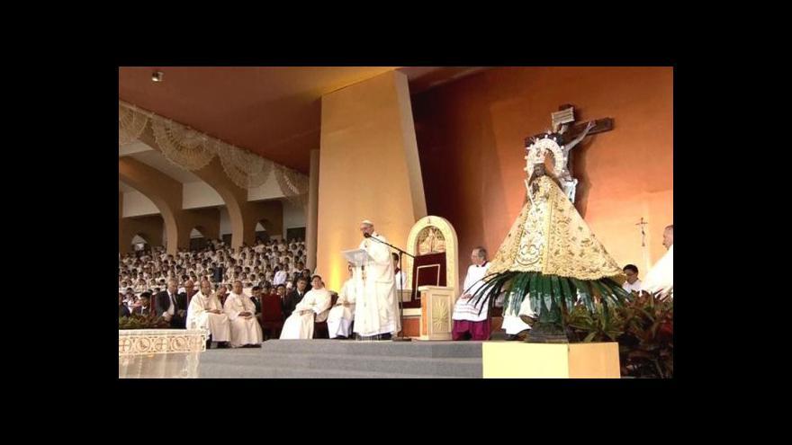 Video Papež sloužil mši pro šest milionů lidí