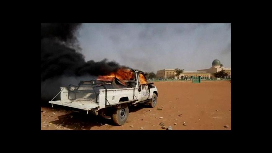 Video Násilné demonstrace proti karikaturám