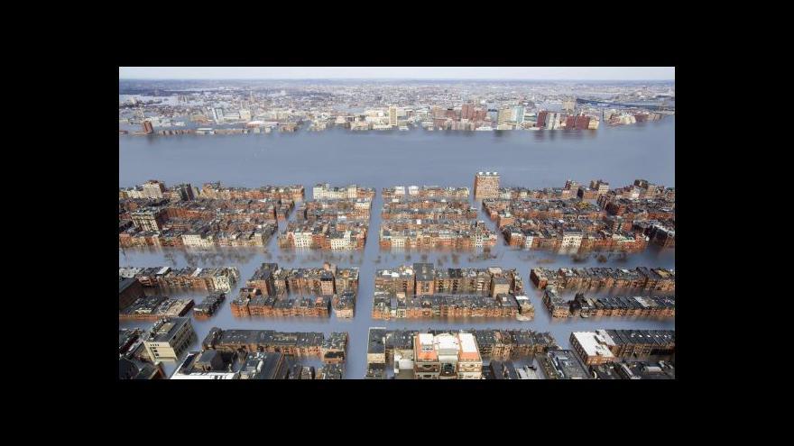 Video Americký Boston se snaží udržet nad hladinou moře