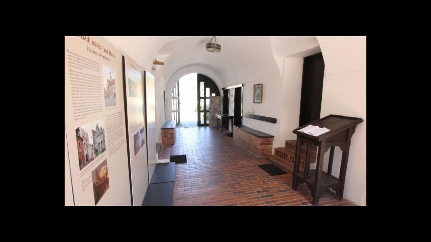 Video Husův dům se rekonstruuje
