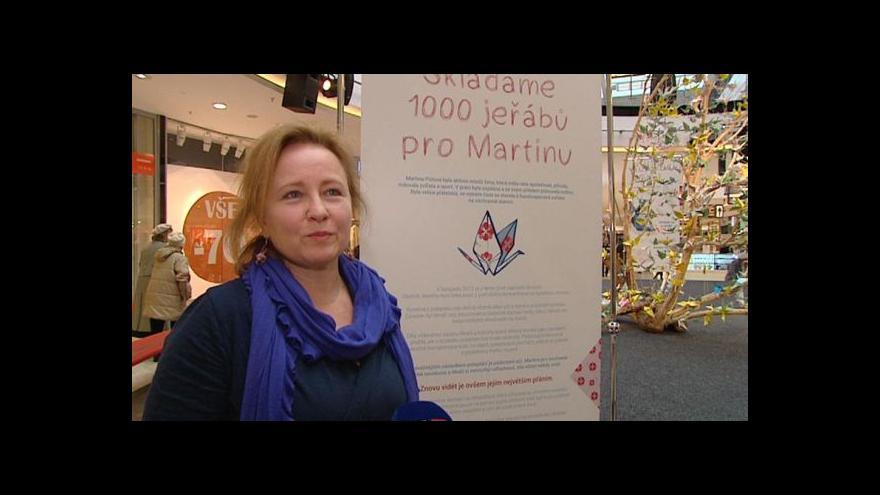 Video Události: Origami letos pomáhají Martině, kterou útočník poleptal kyselinou