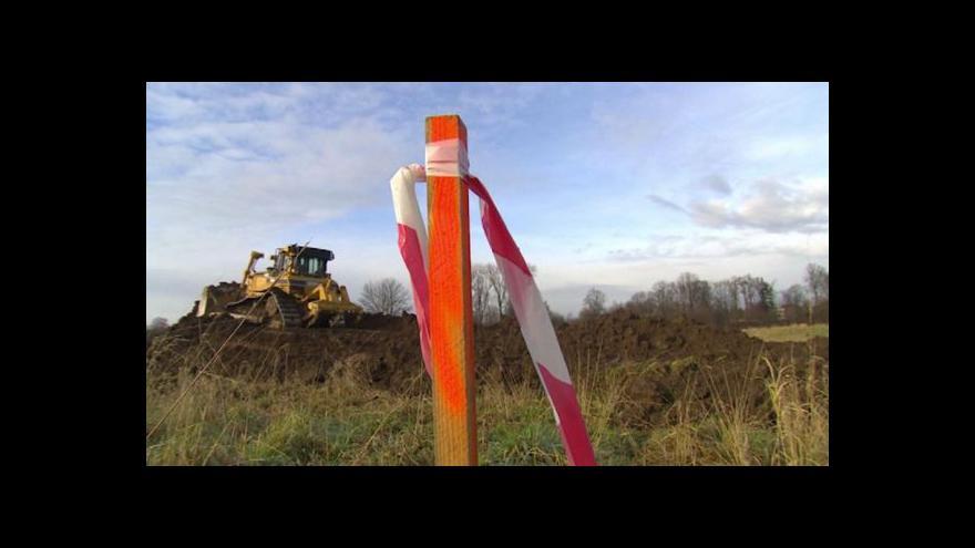 Video V Turnově zahradě začala stavba zimního stadionu