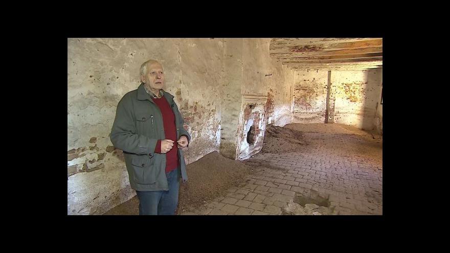 Video Sídlem novokřtěnců provádí archeolog Jiří Pajer