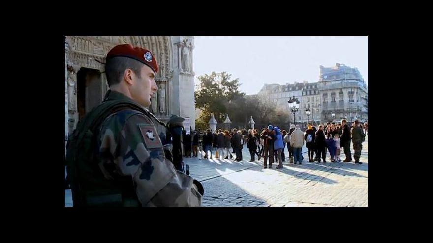 Video Francie zavádí mimořádná bezpečnostní opatření