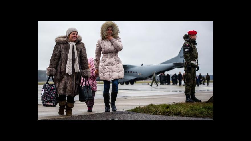 Video Poláci evakuovali 178 krajanů z Donbasu