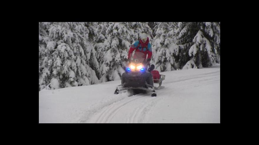 Video V Krušných horách přibývá ztracených turistů