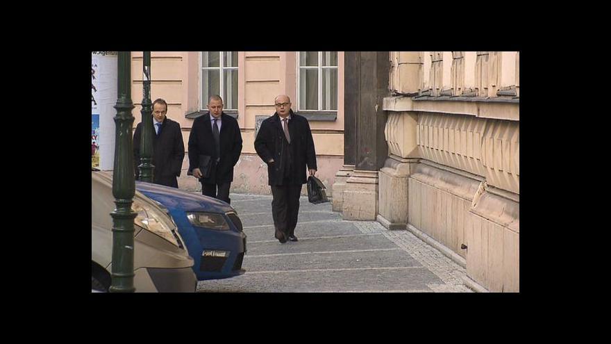 Video Soud s Nečasovou a zpravodajci pokračuje s vyloučením veřejnosti
