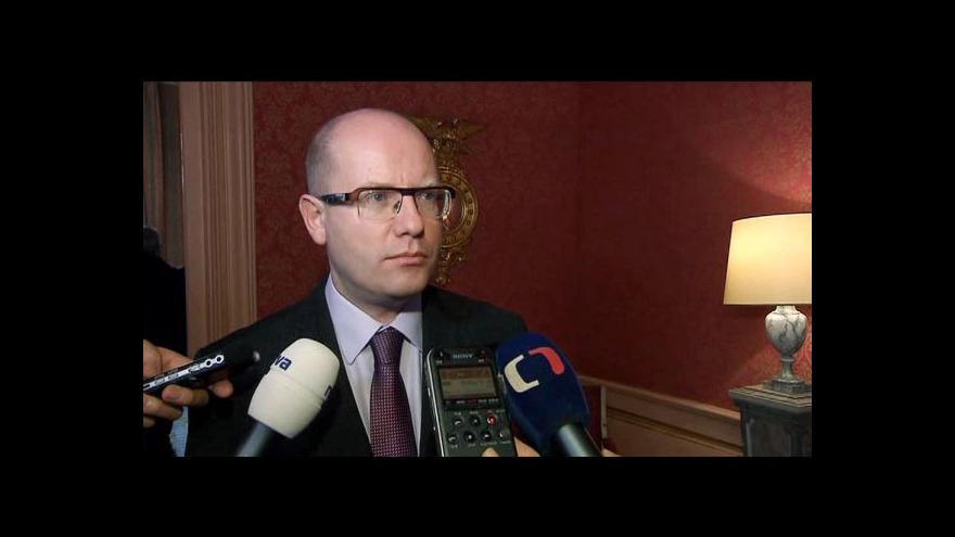 Video Sobotka na návštěvě francouzské ambasády