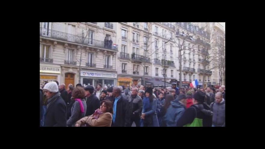 Video Průvod proti teroru v Paříži (zdroj: Claire Maréchal)
