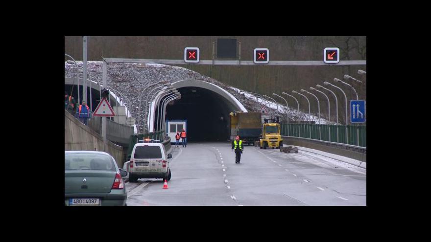 Video Bez komentáře: Začala oprava Pisáreckého tunelu