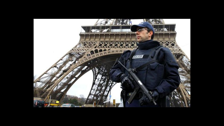Video Nejen solidarita, ale i útoky na mešity