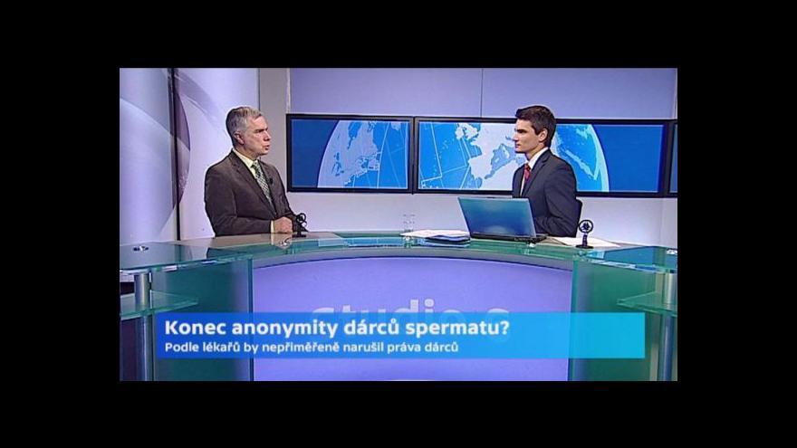 Video Karel Řežábek: V zemích, kde anonymitu zrušili, ubylo dárců