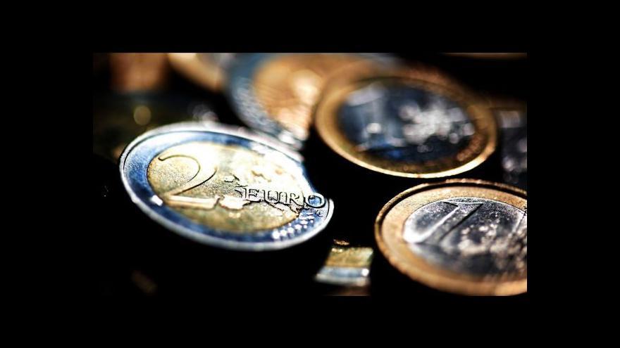 Video Předvolební nejistota v Řecku oslabila euro na devítileté minimum