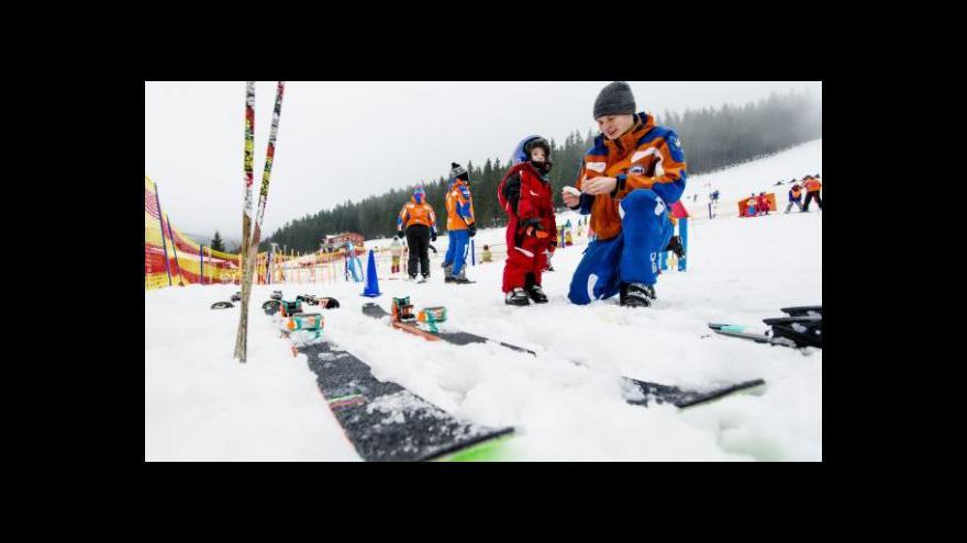 Video V Beskydech konečně napadal přírodní sníh