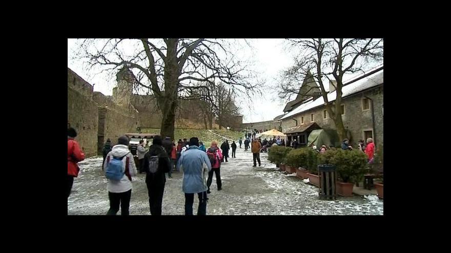 Video Poprvé stoupali turisté na hrad před 37 lety