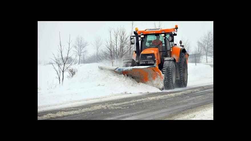 Video Kombinace sněhu a větru bude vytvářet sněhové jazyky