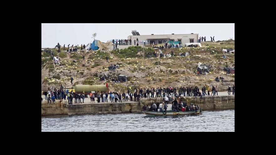 Video Kašpar k uprchlíkům: Hlídky v moři nestačí