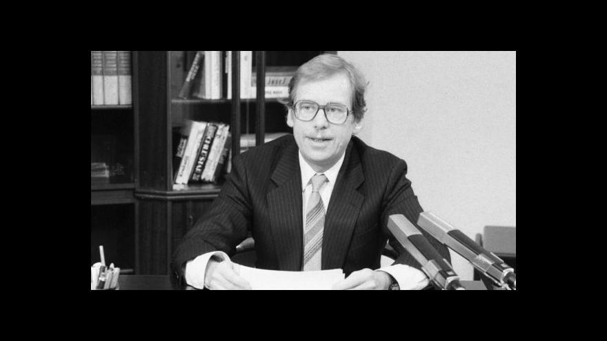 Video Sestřih novoročního projevu Václava Havla z roku 1990