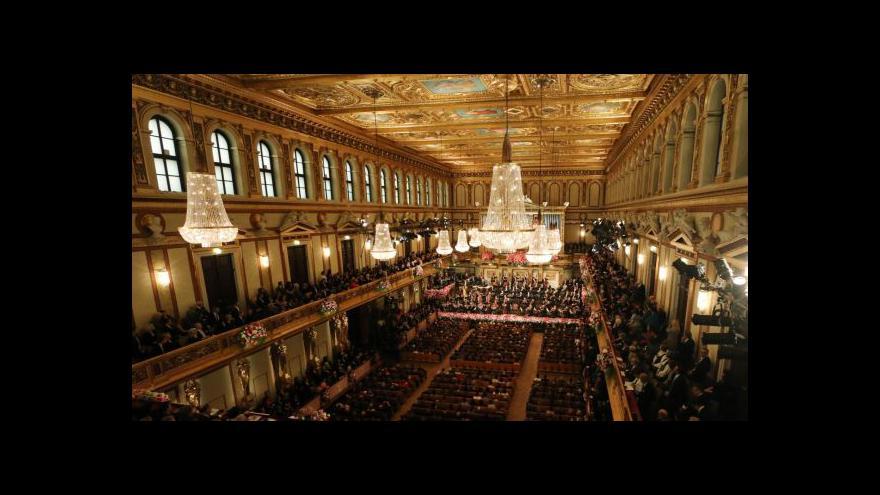 Video Vídeňští filharmonici se připravují na novoroční koncert