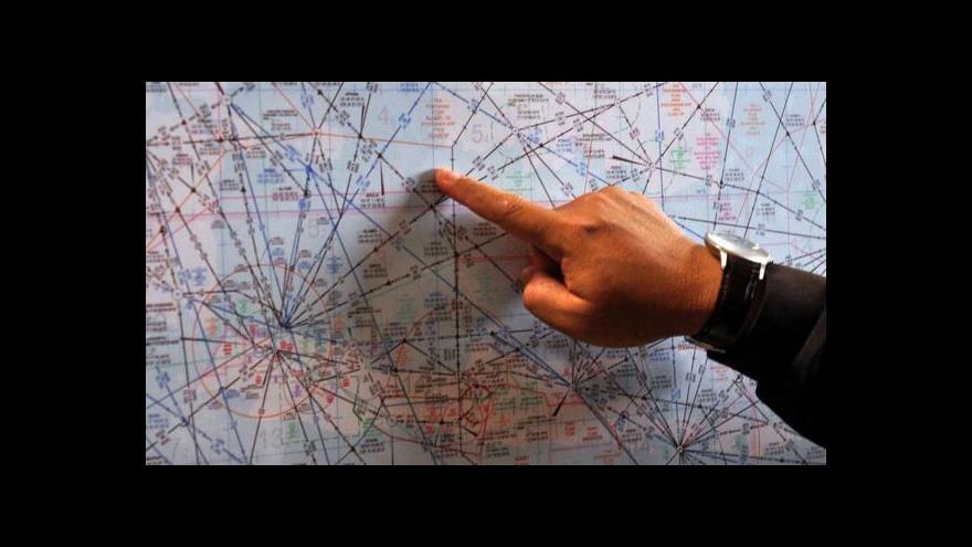 Video UDÁLOSTI: Indonéské letadlo se zřítilo do Jávského moře