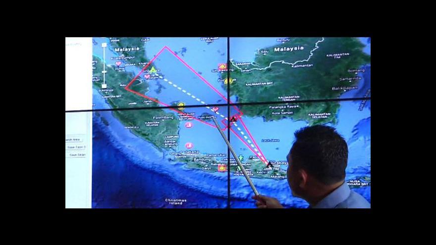 Video Inspektor Peroutka: Bezpečnější je bouřku obletět