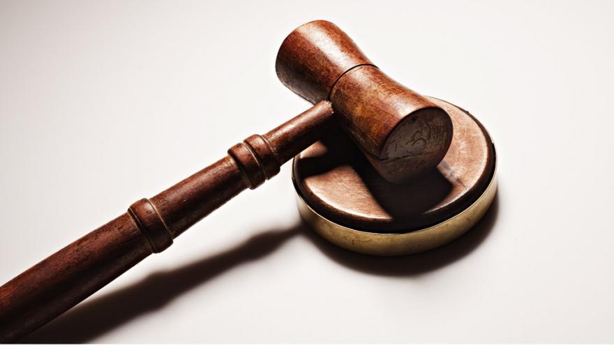 Video Ústavní soud se zastal muže, který přišel o dům v exekuci