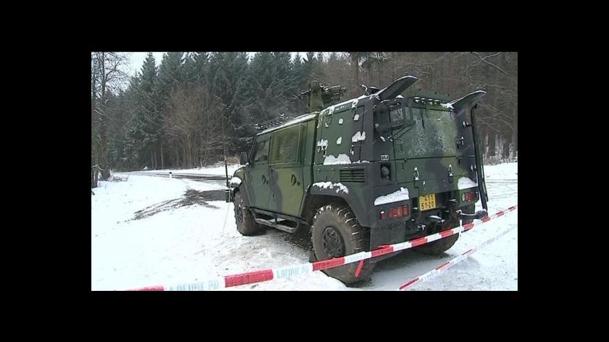 Video Sníh komplikuje pyrotechnikům práci