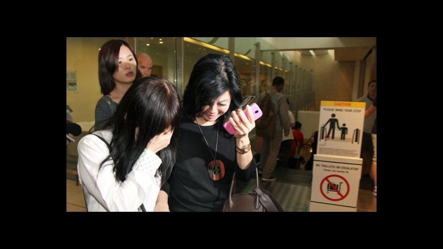 Video Airbus AirAsia zmizel mezi Indonésií a Singapurem