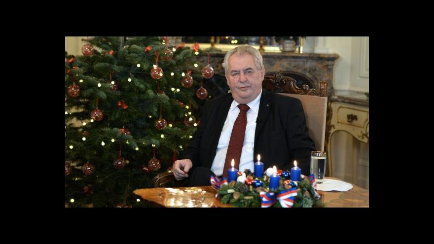 Video Vánoční projev: Zeman ocenil Sobotkovu vládu