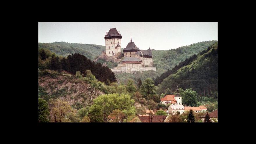 Video Události: Češi o Vánocích vyráží na hrady a zámky