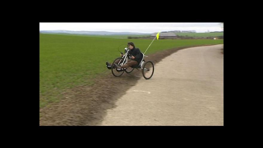 Video V Olomouci testují terénní kolo poháněné rukama