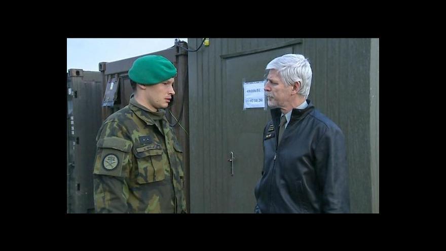 Video Pavel ve Vrběticích: Vojáci by měli odjet hned, jak bude znám obsah skladů