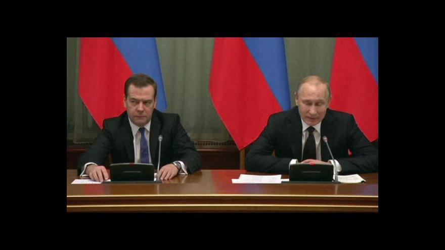 Video Putin pochválil práci ruského kabinetu