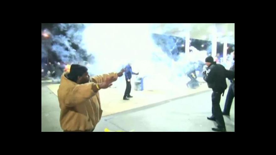 Video Americkým St. Louis znovu zmítají nepokoje