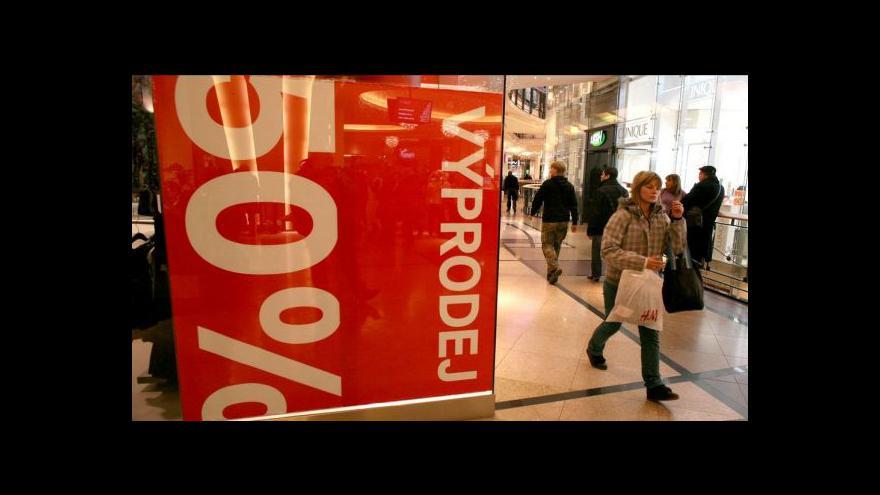 Video Juračka: Dobrý obchodník si nasazení slev dobře spočítá