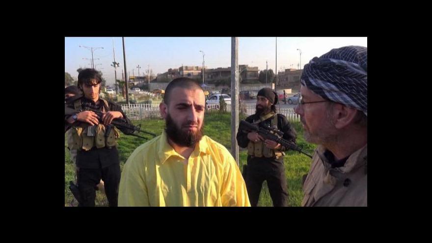 Video Západní novinář natáčel v centru Islámského státu