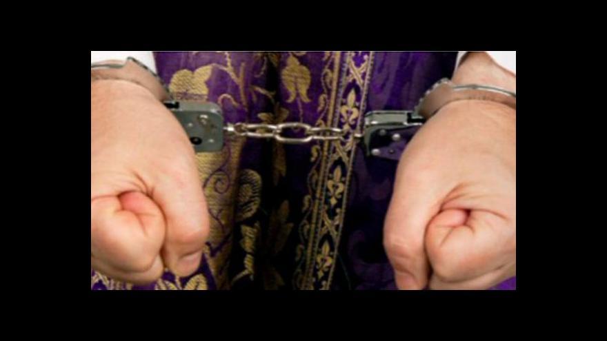 Video Pedofilní skandál vrhá stín na církev v Granadě
