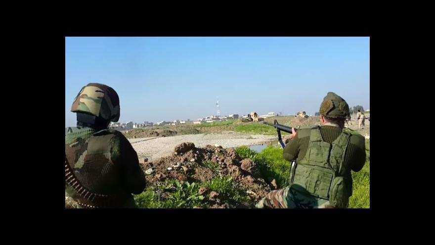 Video Kurdové hlásí úspěchy v boji o Kobani