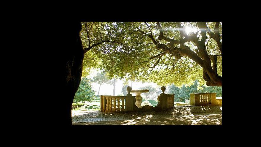 Video Farma v Castel Gandolfo zásobuje vatikánské stoly