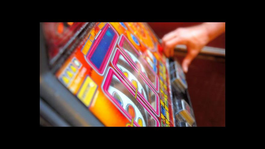 Video Ekonomika ČT24: Hazard versus města