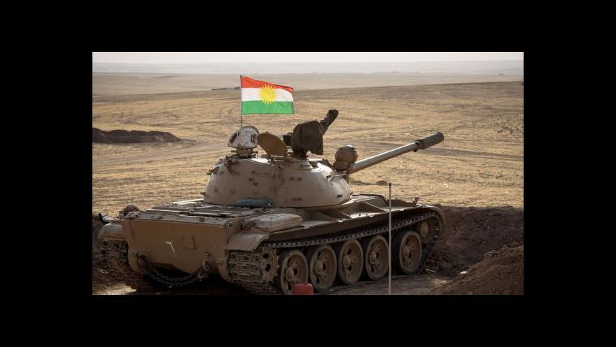 Video Kurdové prolomili obklíčení pohoří Sindžár
