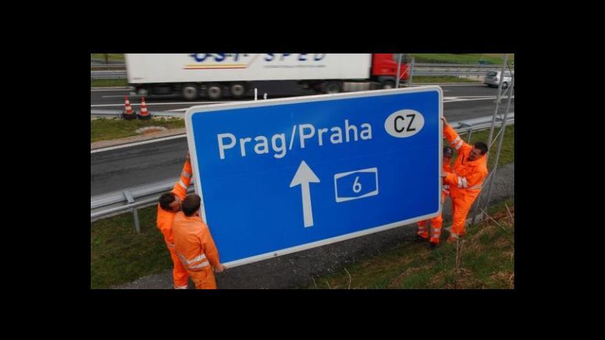 Video Události: Německá vláda schválila zpoplatnění dálnic
